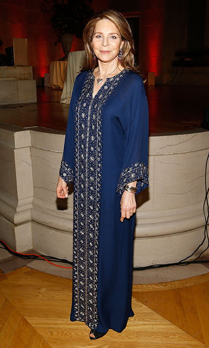 April 25: Her Majesty Queen Noor al-Hussein of Jordan donned an embroidered kaftan at Refugees International's 38th Anniversary Dinner at Andrew W. Mellon Auditorium in Washington, DC.