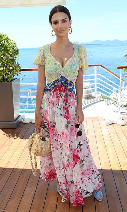 Emily Ratajkowski was pretty in prints at the famed Hotel du Cap-Eden-Roc ahead of the Cannes Film Fest.