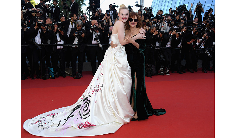Susan Sarandon joined Elle Fanning on the red carpet of <I>Ismael's Ghosts (Les Fantomes d'Ismael)</I> at Palais des Festivals.