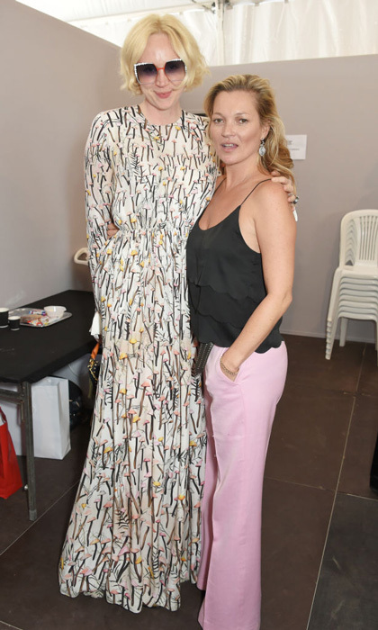 Gwendoline Christie and Kate Moss posed backstage at the Fashion for Relief show in Cannes.