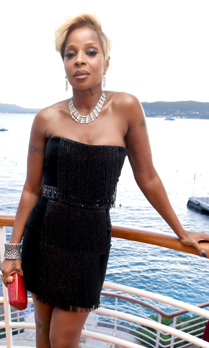 This view is everything, especially with Mary J. Blige in it. The singer wore a black fringe mini to the HBO and Vanity Fair party in Antibes.