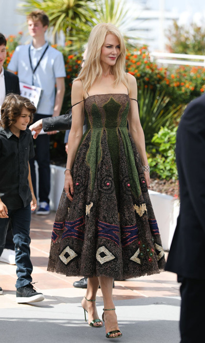 Nicole Kidman was a vision in a Christian Dior Couture dress as she strolled to her photocall for <i>The Killing of a Sacred Deer</i>.