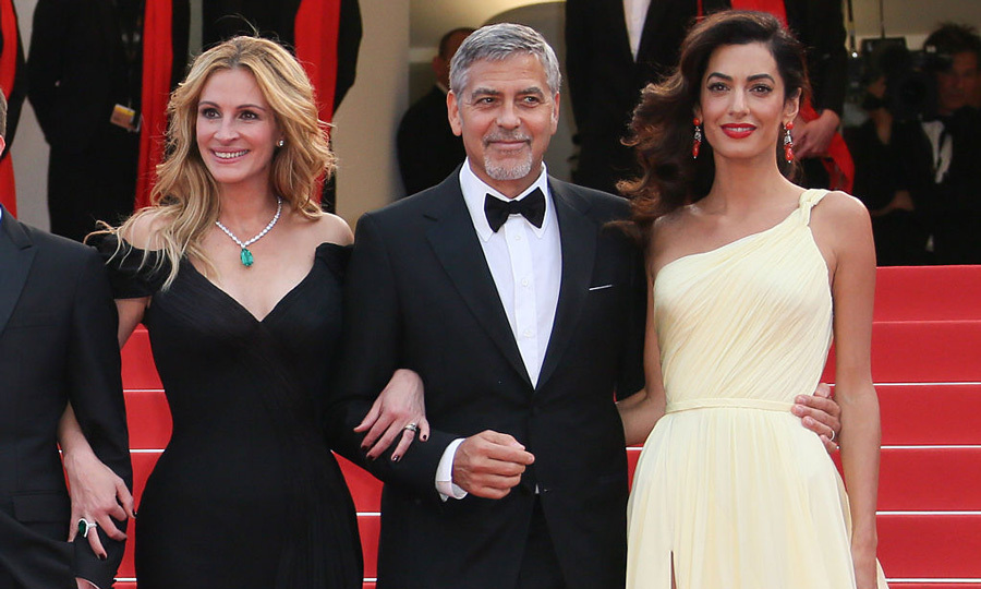 <b>Julia Roberts</b>