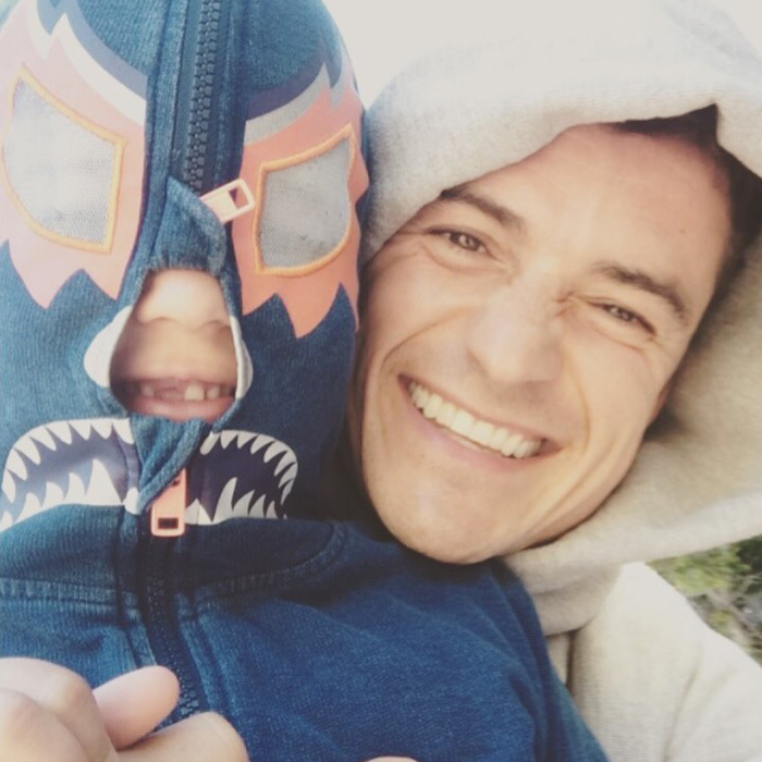 Orlando Bloom was gearing up for Father's Day 2017 with his son Flynn. Both dad and son sported wide grins with his and Miranda's boy showing off his missing front tooth.