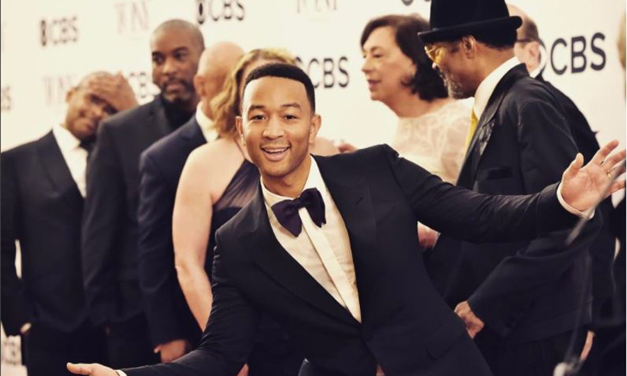 <b>John Legend</b>