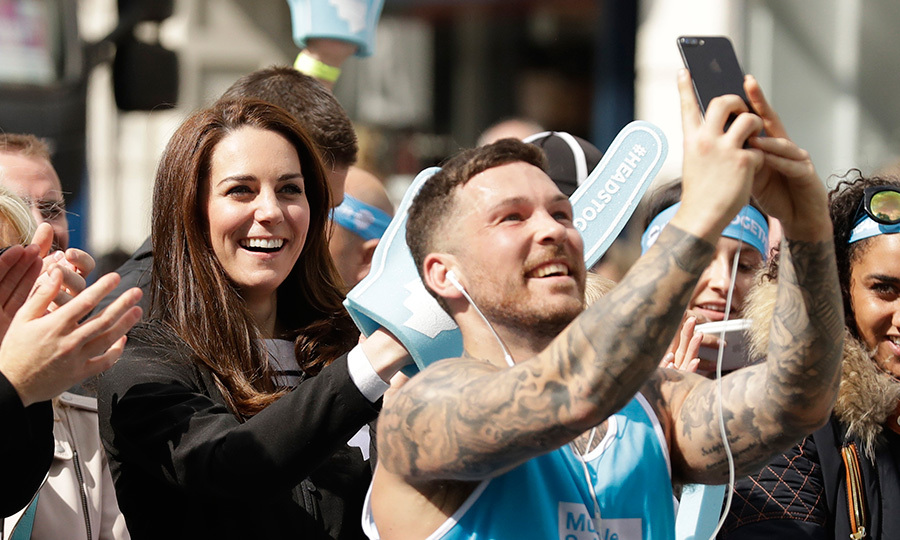 This runner during the 2017 London Marathon couldn't resist stopping to snap a selfie with the Duchess of Cambridge – and we can't blame him!