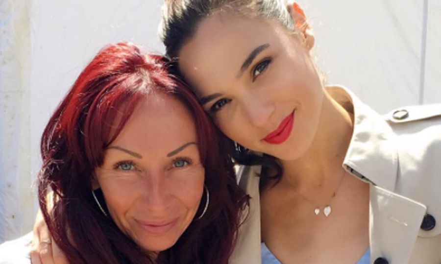 Gal Gadot's 'Wonder Woman' makeup is perfect for summer glam