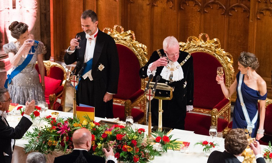 A royal toast: left to right, Princess Anne, King Felipe, Andrew Parmley, Lord Mayor of London and Queen Letizia.