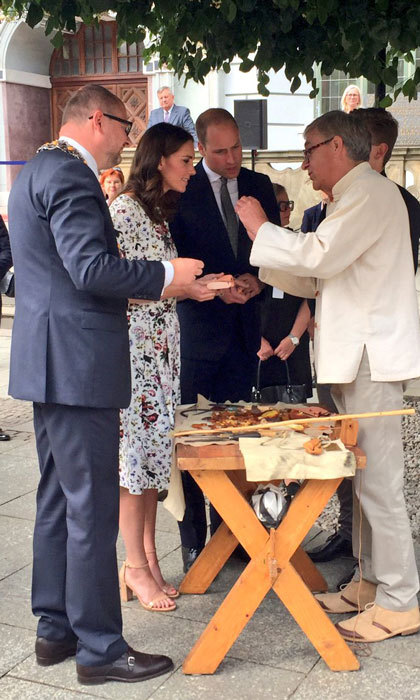 During their visit to the market, Prince William and Kate were shown a demonstration of amber processing. Gdansk is famous for its amber.