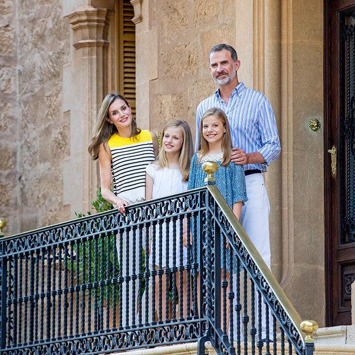 The Spanish royals – King Felipe, Queen Letizia and their daughters Princess Leonor and Princess Sofia – kicked off their summer vacation with their annual photocall on the island of Mallorca on July 31. 