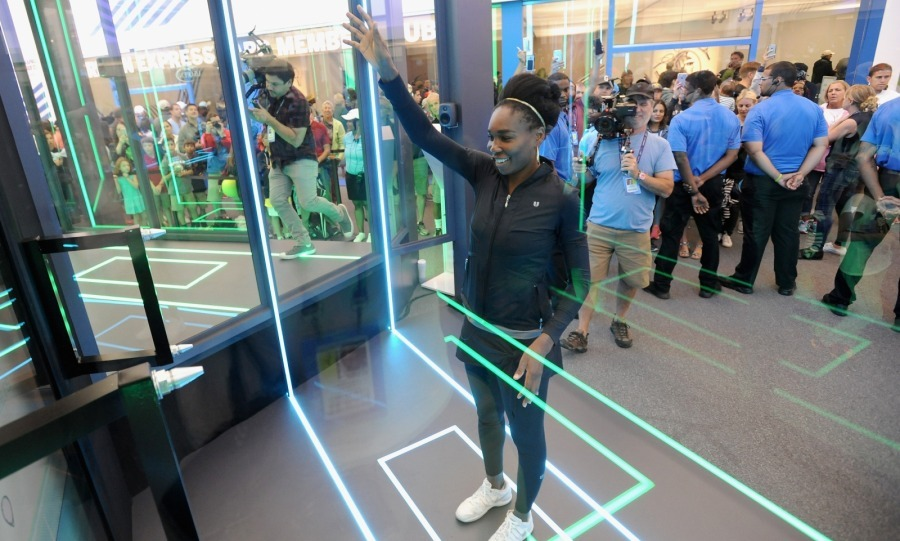 "She's a fan! Venus Williams played around at the ""American Express Fan Experience"" at the 2017 US Open at USTA Billie Jean King National Tennis Center on August 29 in New York City. She naturally aced the game, which was a virtual tennis match.