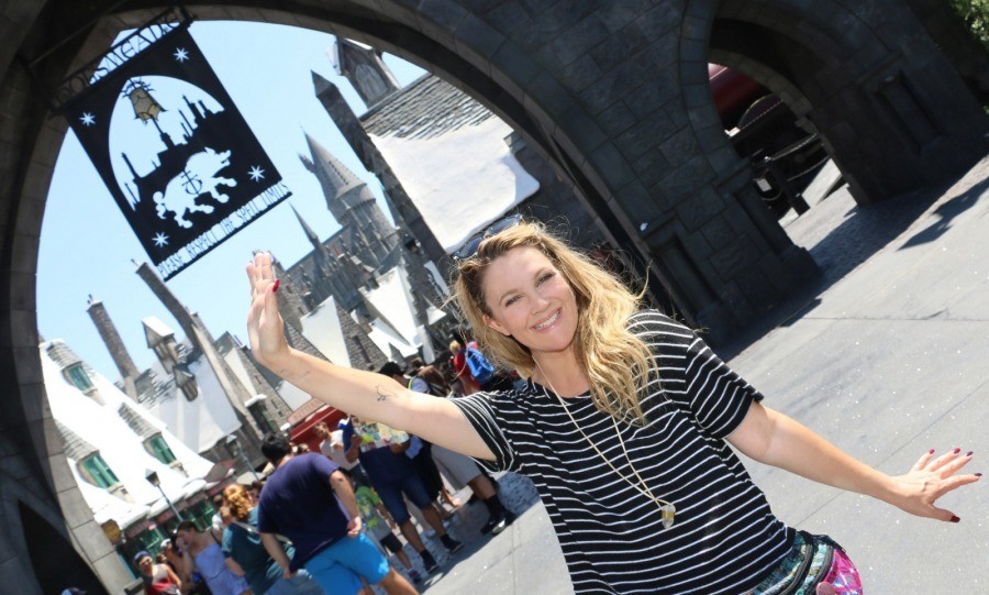 "Magic moment! Drew Barrymore enjoyed a fun-filled day at ""The Wizarding World of Harry Potter"" at Universal Studios Hollywood on August 29.