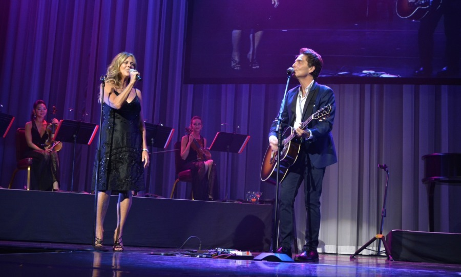 "Surprise! Audiences were thrilled to see Rita Wilson join Richard Marx on stage on August 29 during his limited engagement, ""Satisfied: Only The Hits,"" in the Donny & Marie Showroom at Flamingo Las Vegas. Together they sang ""Say Yes,"" a song Richard and Tom Hanks' wife wrote together for Richard's solo album.