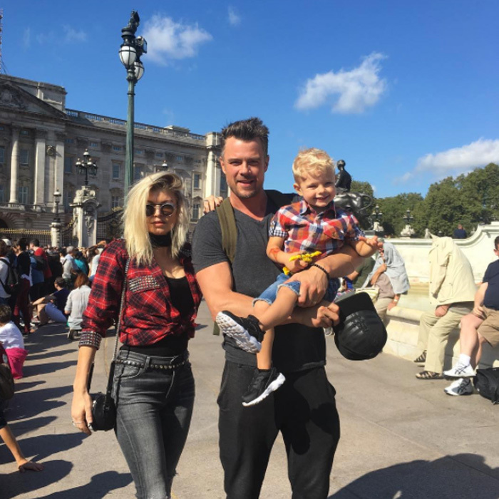 <b>Josh Duhamel and Fergie</b>