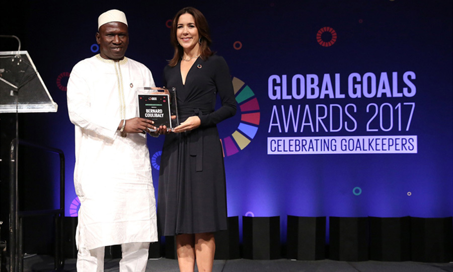 Crown Princess Mary of Demark presented Deputy Prefect of Yorosso Bernard Coulibaly with the Healthy Not Hungry Award during the Goalkeepers Global Goals Awards hosted by UN Deputy Secretary-General Amina J. Mohammed and Melinda Gates. The awards celebrated individuals who are accelerating progress toward the UN''s Global Goals.