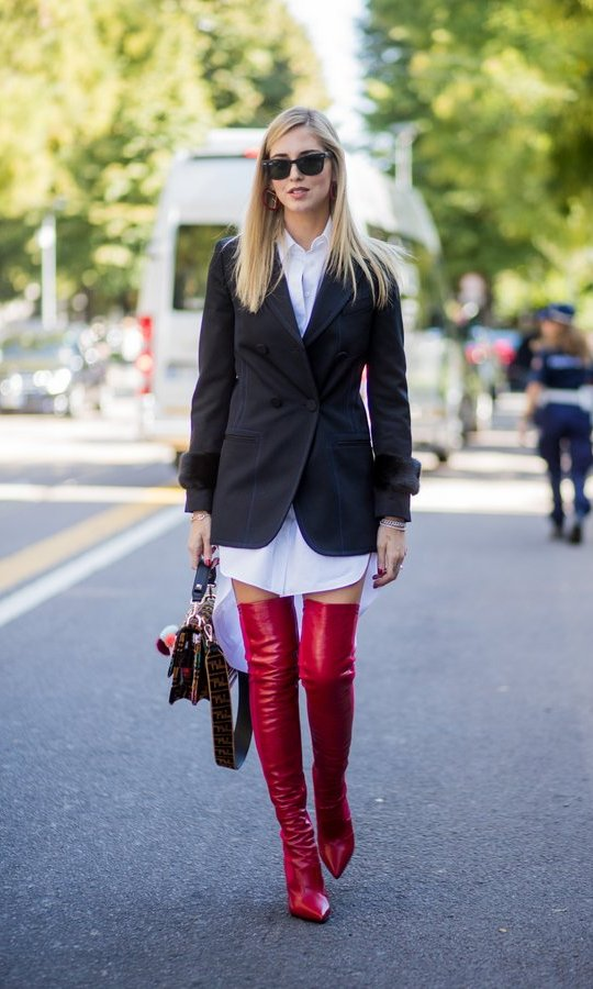 Style influencer Chiara Ferragni wore the masculine look – with a twist! – in Milan.