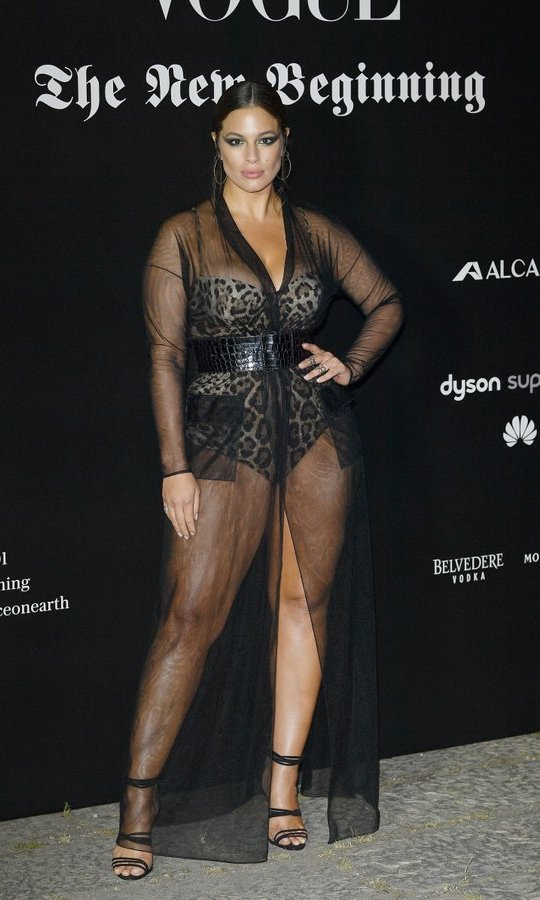 Ashley Graham was glam at the Vogue Italia 'The New Beginning' Party. 