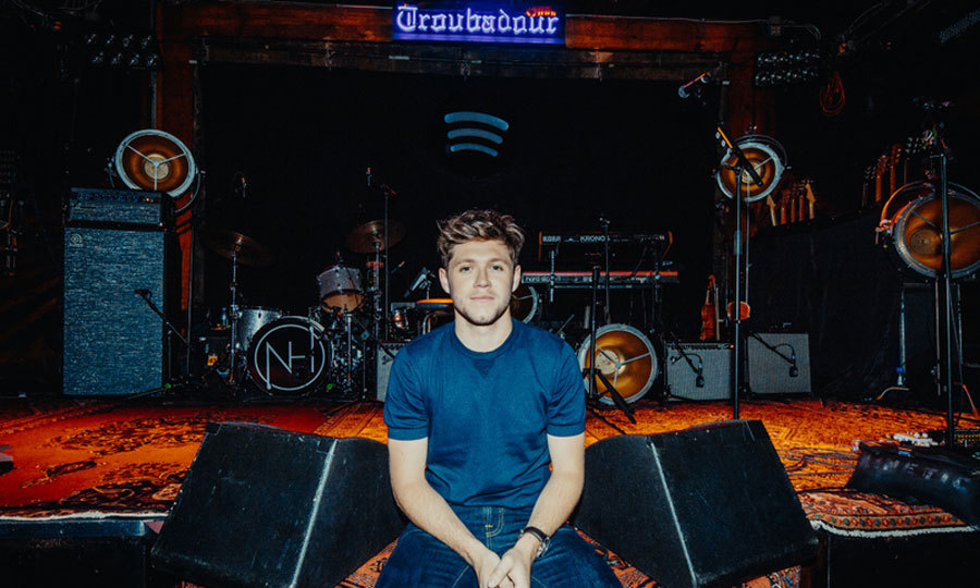 Niall Horan lived out his dream since the age of ten to play the Troubadour in L.A. on September 22. The former One Direction singer took to the stage to play in front of a packed house of Spotify superfans as well as Louis Tomlinson, Shania Twain, Thomas Rhett and Lily Collins.