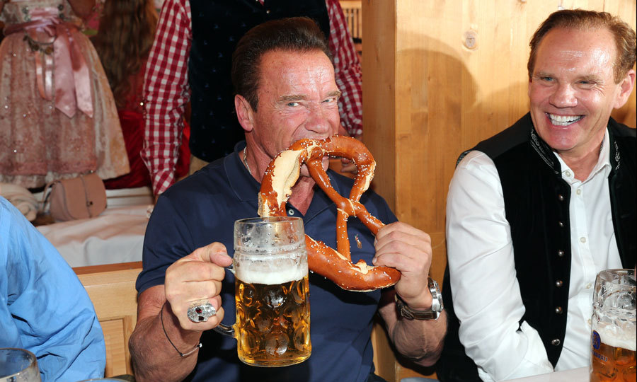 Arnold Schwarzenegger had his hands full during Oktoberfest in Munich, Germany on September 26.