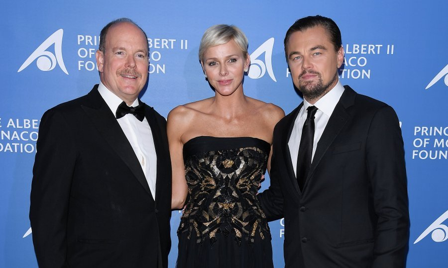 The evening's guests included the couple's fellow environmentalist, actor Leonardo DiCaprio.