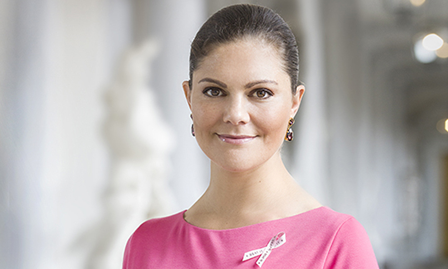 In September 2017, Crown Princess Victoria of Sweden, patron of the Cancer Fund's Rosa Bandet (pink ribbon) campaign for the ninth consecutive year, got ready for Breast Cancer Awareness month with this portrait snapped at the Royal Palace. 
