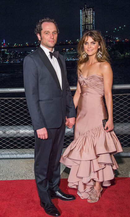 Keri Russell, who wore a blush gown by Johanna Ortiz, stepped out for date night with her leading man and <I>The Americans</I> co-star Matthew Rhys for the 2017 Brooklyn Bridge Park Conservancy Brooklyn Black Tie Ball on October 5.