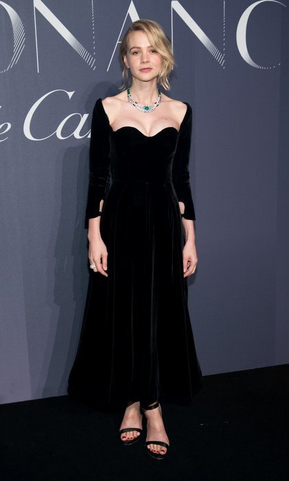 The neckline of Carey Mulligan's velvet Christian Dior gown perfectly framed her Cartier necklace at the jeweler's celebration of Resonances de Cartier in New York City. The open-shouldered sweetheart midi dress is from the Fall 2017 haute couture collection.