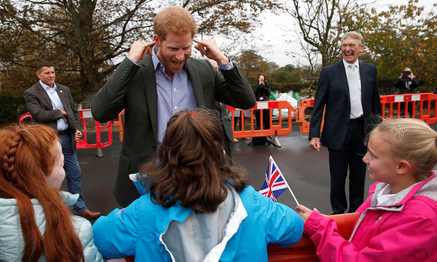 Harry had some fun with kids during his visit to St. Michael's on Wyre village hall on October 23. While there, Meghan Markle's boyfriend met with individuals affected by the floods in 2015 and 2016. He also joined those who played a part in the response to the flooding for the reopening of the village hall.
