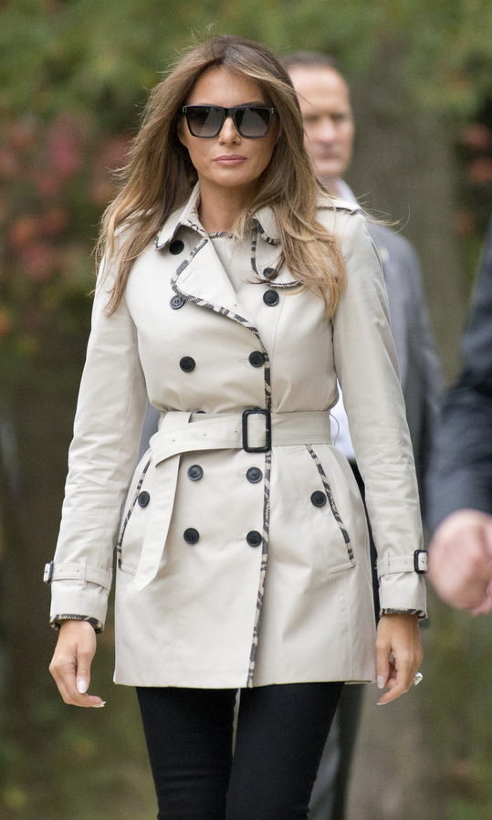 Melania wore a pair of dark J Brand jeans as she joined President Trump on a tour of the U.S. Secret Service James J. Rowley Training Center on October 13 in Beltsville, Maryland. The 47-year-old was ready for fall season in one of British brand Burberry's signature trench coats with a woven print trim. 