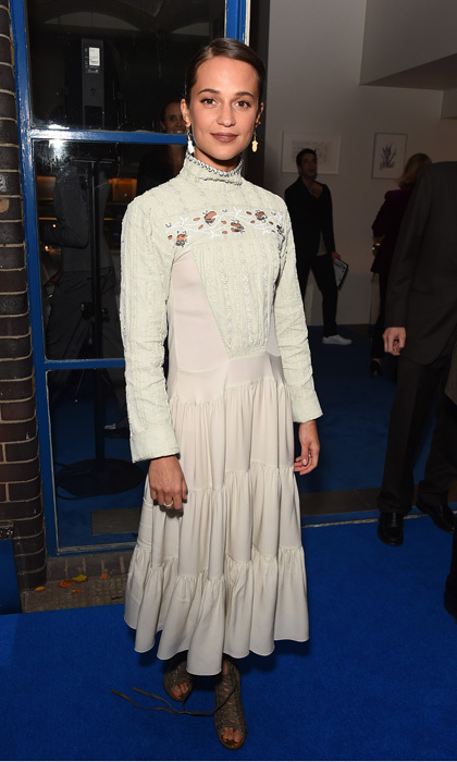 Just married! Newlywed Alicia Vikander, who recently tied the knot with Michael Fassbender, celebrated British Vogue Editor, Edward Enninful at a dinner held in his honor at the River Café – hosted by Jonathan Newhouse and Albert Read in London on November 7.