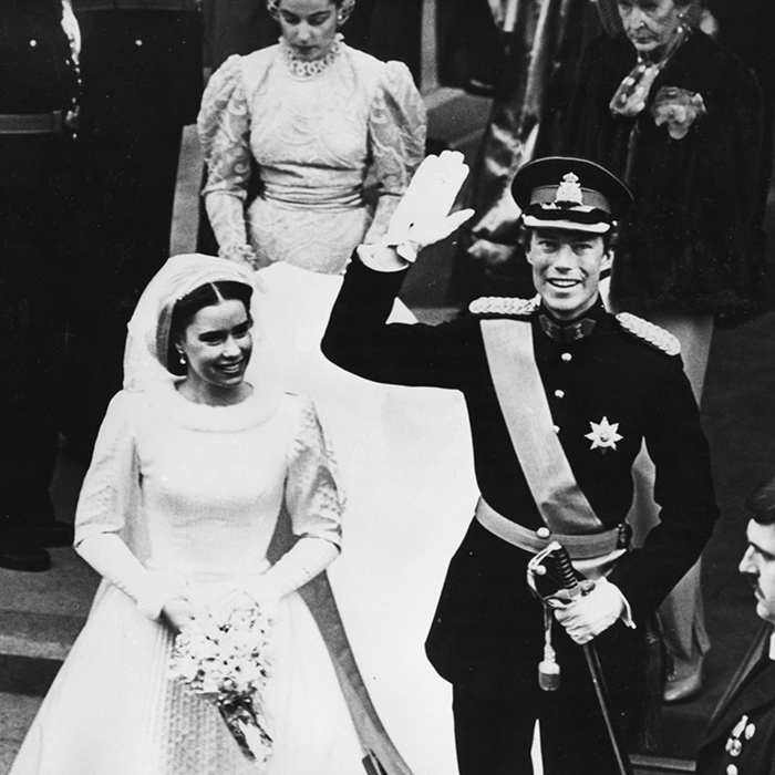 <B>MARRIED 30+ YEARS</B>