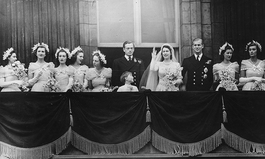 Royal wedding queen elizabeth ii and prince philip 39 s for Queens wedding balcony