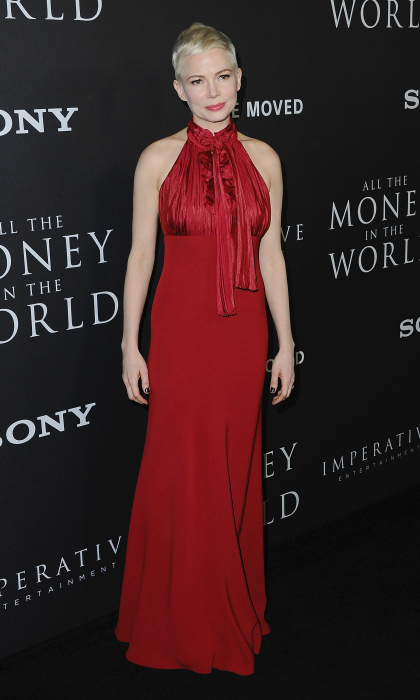 Michelle Williams was ravishing in red as she stepped onto the carpet for the Los Angeles premiere of <i>All The Money In The World</i>. The star wore a red sleeveless gown to her film screening at Samuel Goldwyn Theater on December 18 in Beverly Hills. 