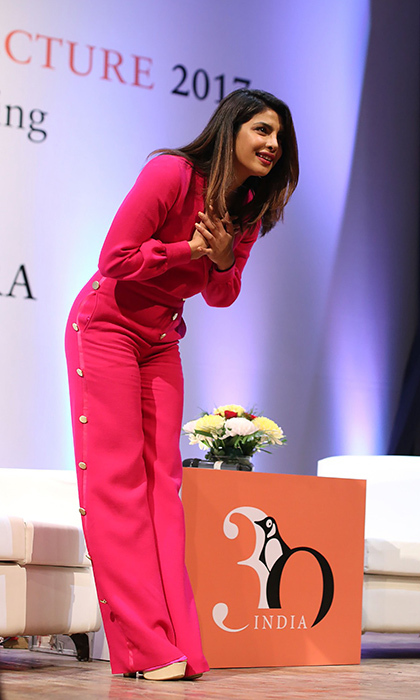 <I>Quantico</I> star Priyanka Chopra took a bow in New Delhi on stage at the Penguin Annual Lecture 2017 organized by Penguin Random House India on December 26. The actress was a guest speaker for a talk entitled, 'Breaking the Glass Ceiling, Chasing a Dream'. 