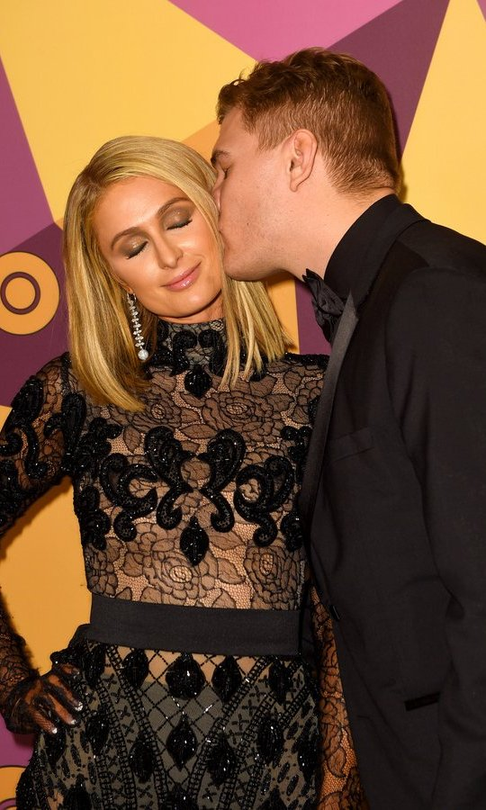 Recently engaged Paris Hilton and her fiancé, <I>The Leftovers'</I> Chris Zylka, were adorably loved up at the HBO gathering.