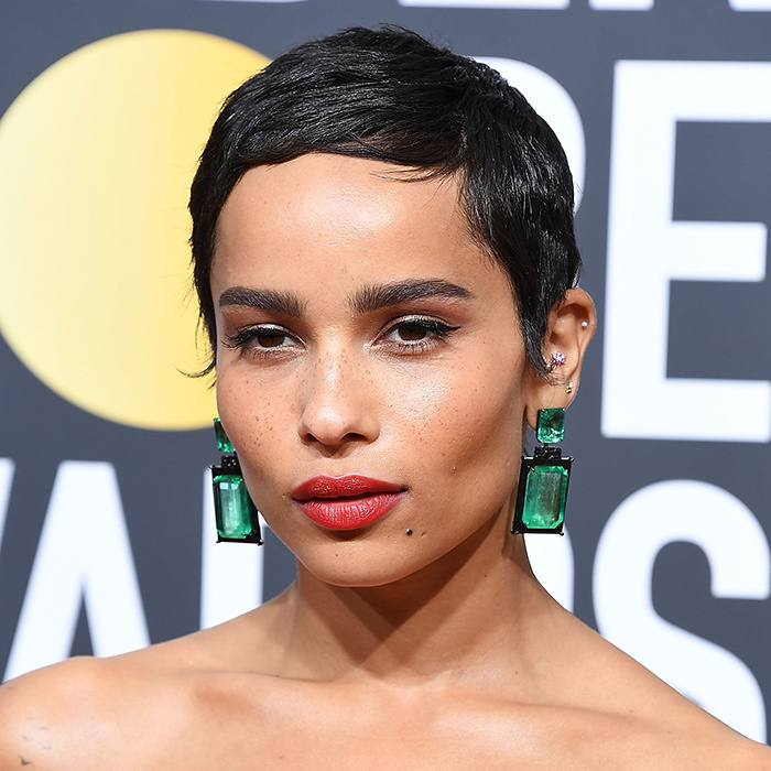<B>HIGHLIGHTS... like Zoe Kravitz</B>