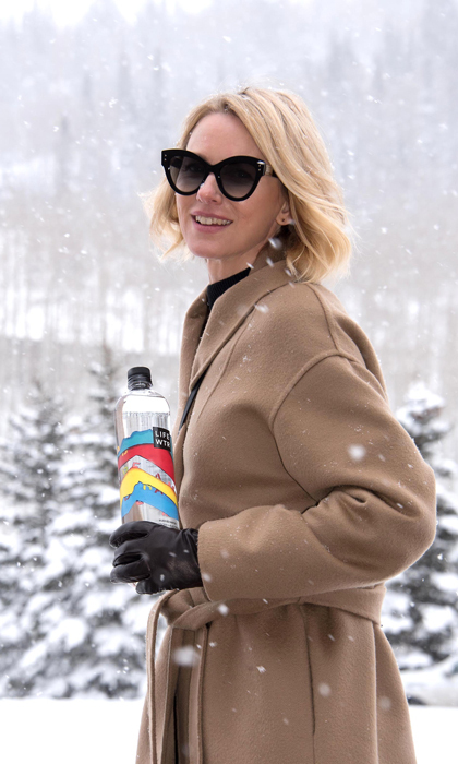 Naomi Watts was in a winter wonderland as she braved the snow in Park City, Utah during Sundance. The actress also stayed hydrated with LIFEWTR.