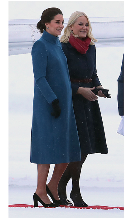 "Earlier in the day, after their arrival was delayed by the snow, Prince William and Duchess Kate had arrived in Oslo, where they were greeted by <a href=""https://us.hellomagazine.com/tags/1/crown-princess-mette-marit/""><strong>Crown Princess Mette-Marit</strong></a> (pictured) and Crown Prince Haakon. For the first appearance of the day at the airport, Kate chose a warm high-necked coat by favorite <a href=""https://us.hellomagazine.com/tags/1/catherine-walker/""><strong>Catherine Walker</strong></a>. 