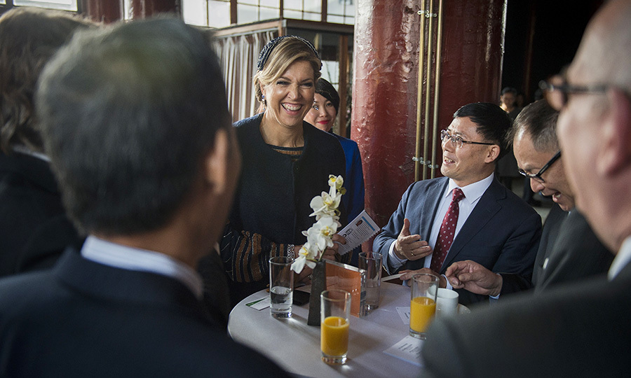 Queen Maxima of the Netherlands enjoyed her chat with Chinese and Dutch entrepreneurs at the Temple restaurant in Beijing on February 8 while on a visit to China with husband King Willem-Alexander.