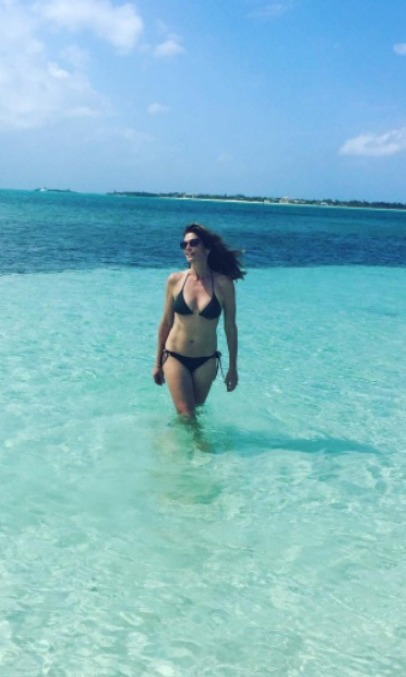 <b>Cindy Crawford</b>