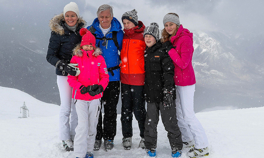 The whole Belgian royal family – from left to right, Queen Mathilde, Princess Eleonore, King Philippe, Prince Gabriel, Prince Emmanuel and Princess Elisabeth – also got together for a group photo as they enjoyed some bonding time on the Swiss slopes.