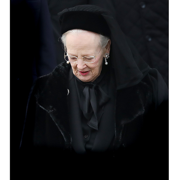 "<B>After a lengthy battle with ill health, including dementia, <a href=""https://us.hellomagazine.com/tags/1/queen-margrethe/""><strong>Queen Margrethe's</strong></a>'s husband <a href=""https://us.hellomagazine.com/tags/1/prince-henrik/""><strong>Prince Henrik</strong></a>, 83, passed away peacefully in his sleep surrounded by his family at Fredensborg Palace just after 11pm on February 13.  