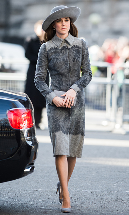 <b>2016</B>