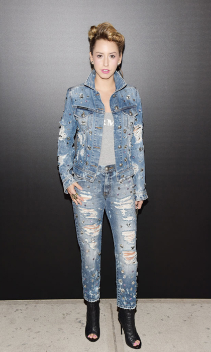 Even her casual looks are on point. Jazmin attended the John Varvatos x MGK Fashion Week concert in an all denim look in September 2017. 
