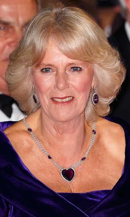 Heart-shaped quartz necklace