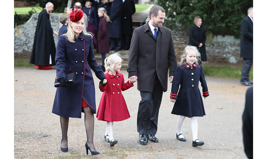 "<B><a href=""https://us.hellomagazine.com/tags/1/peter-phillips/""><strong>PETER AND AUTUMN PHILLIPS</strong></a>' DAUGHTERS SAVANNAH AND ISLA</B>