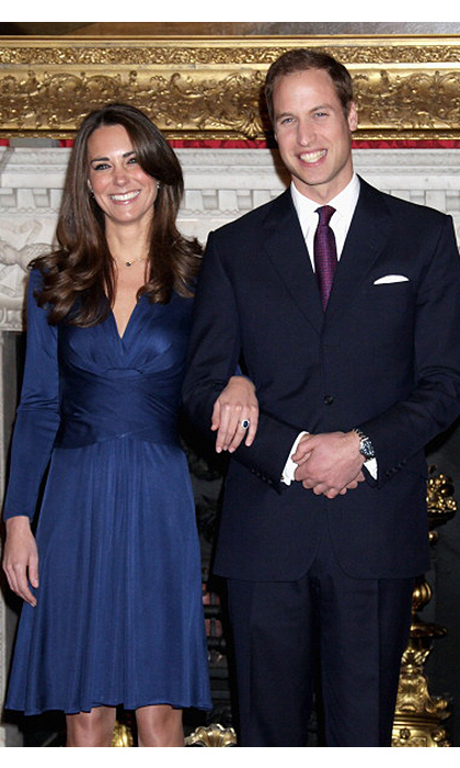 <B>THE FIRST... CHANCE TO SHOW OFF HER ENGAGEMENT RING </B>