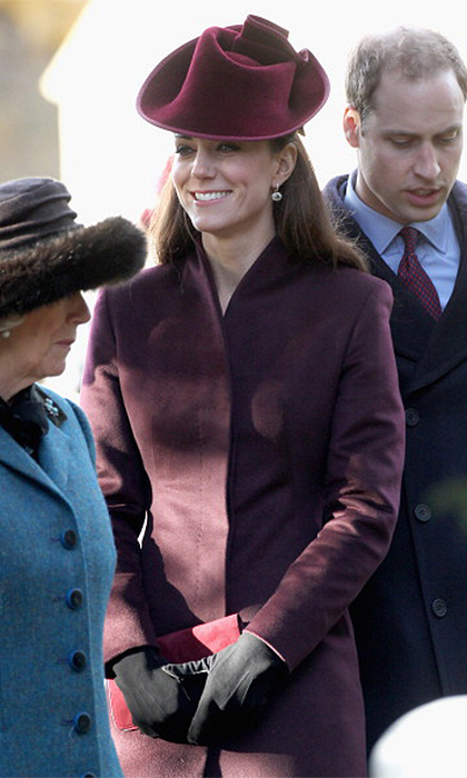 <B>THE FIRST... ROYAL CHRISTMAS</B>