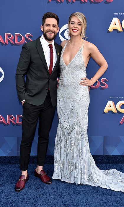 Thomas Rhett and wife Lauren Akins were another one fo the very stylish pairs to make an entrance at the MGM Grand Garden Arena.