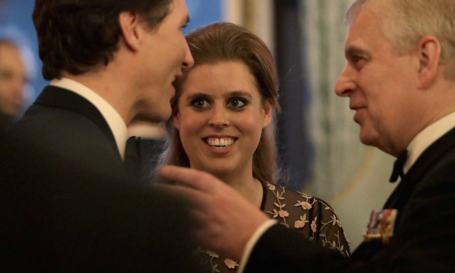 Before the dinner, Princess Beatrice of York mingled with her dad, Prince Andrew, Duke of York and Canada's Prime Minister Justin Trudeau.